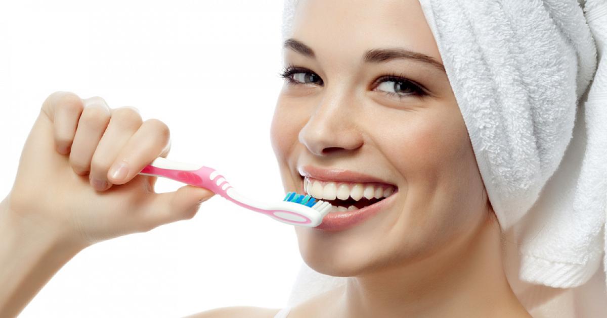 Исследование зубная паста с экстрактами трав способна уменьшить воспаление десен