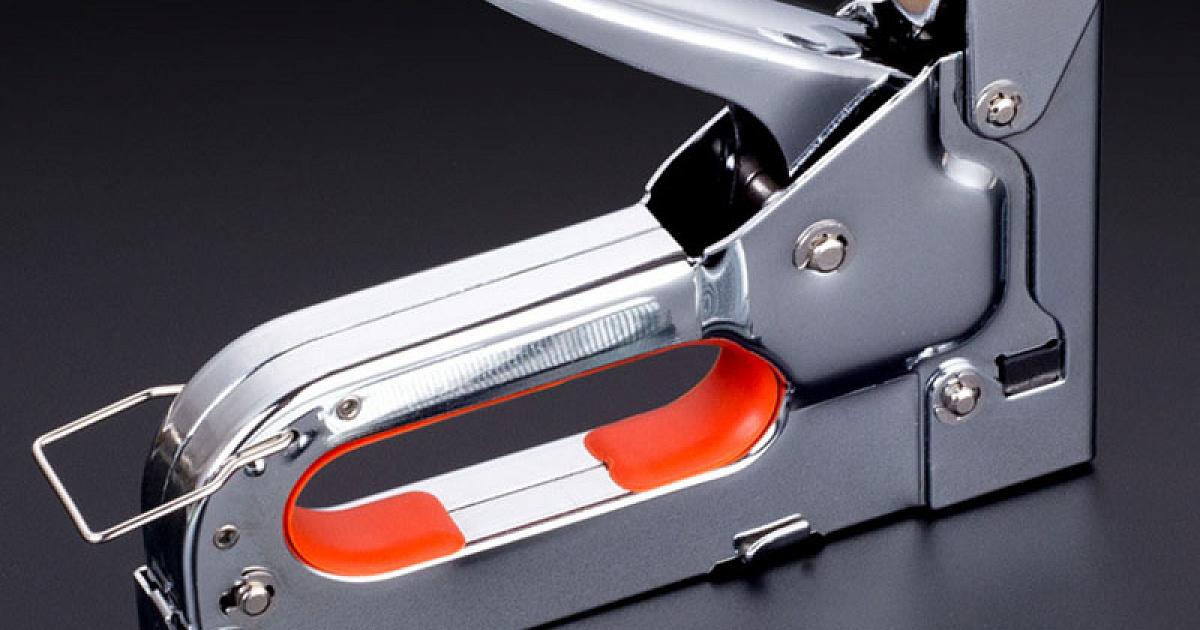 Какой строительный степлер лучше выбрать: механический, электрический или пневматический